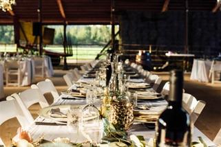 open-air-barn-wedding-reception-kelowna