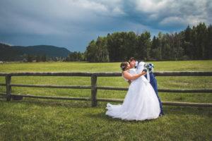 bride-groom-meadow-valley-ranch