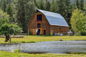 large-barn-meadow-valley-ranch